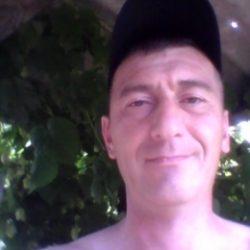 Парень ищет девушку в Перми для секса без обязательств