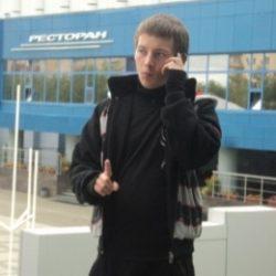 Молодой парень ищет готичную барышню в Перми, желающую подчиняться
